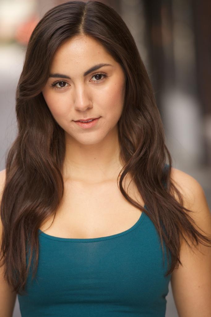 Lauren Capkanis headshot